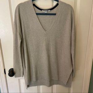 Boden v neck textured sweater